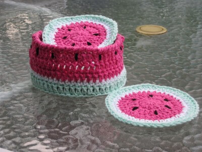 25 Free Easy Crochet Coasters Patterns