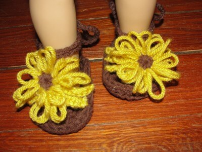 25 Free Crochet Baby Sandals And Barefoot Patterns