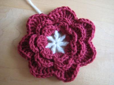 25 Free Easy Crochet Flowers Patterns