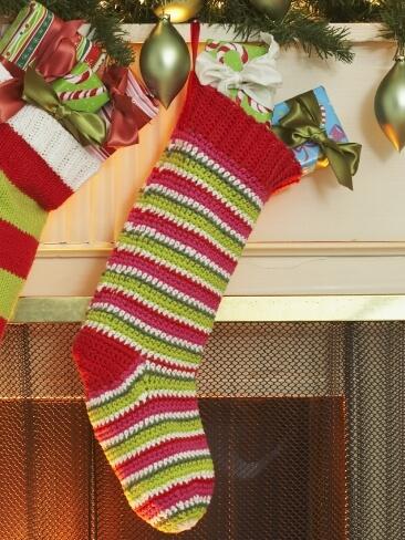 Free Printable Crochet Patterns For Christmas Stockings : 6.beginner crochet christmast stocking patterns