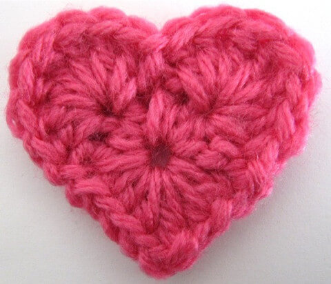 18. http://www.maggiescrochet.com/products/small-heart-free-pattern