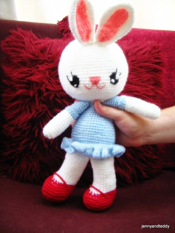 cuddly bunny rabbit crochet toy free amigurumi pattern