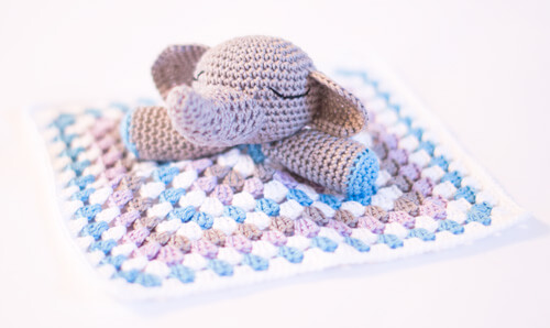 Amigurumi_easy crochet elephant_baby security blanket snuggle_02