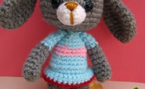 free amigurumi bunny rabbit pattern small tiny by jennyandteddy