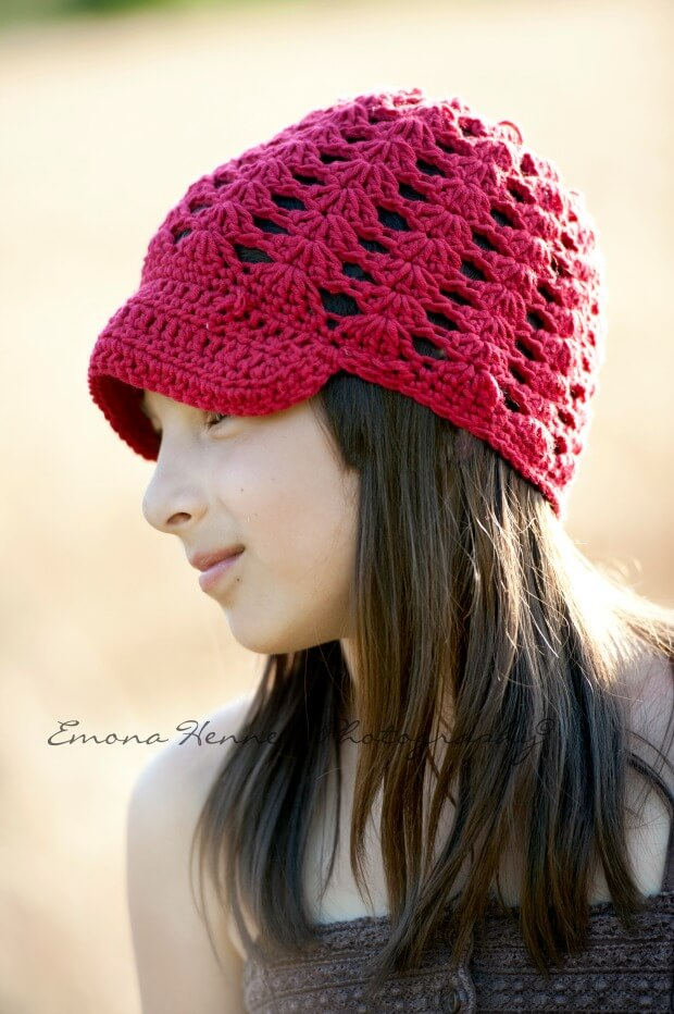 breezy brim beanie crochet free pattern by jennyandteddy