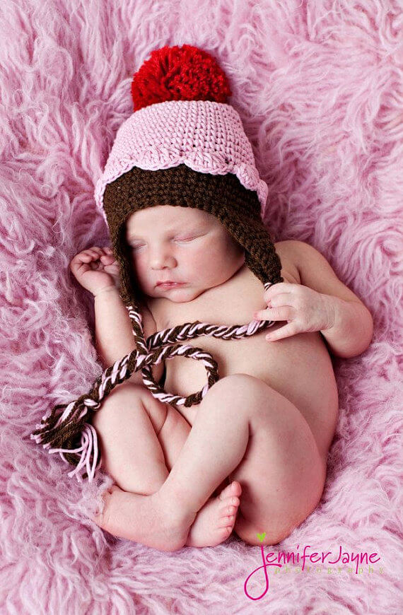 easy cupcake crochet hat free pattern by jennyandteddy