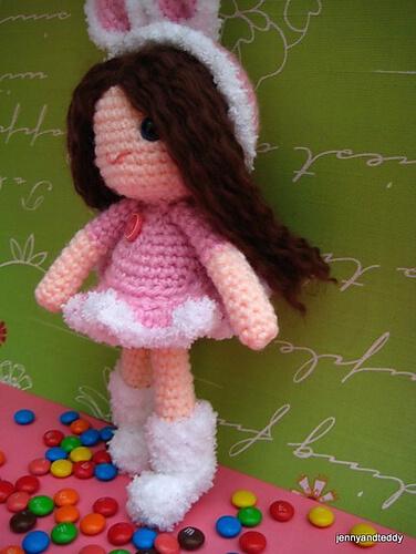 free amigurumi pattern girl bunny by jennyandteddy