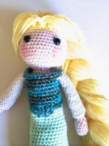 11.elsa crochet doll free amigurumi pattern