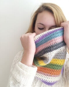 16.striped colourful cowl scarf tutorial free crochet