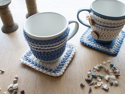 free easy Adorable Crochet Mug Hug and Rug pattern