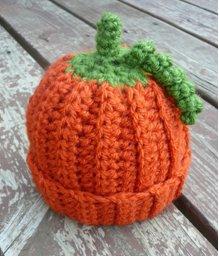 amazing free pattern Baby Pumpkin Crochet Beanie