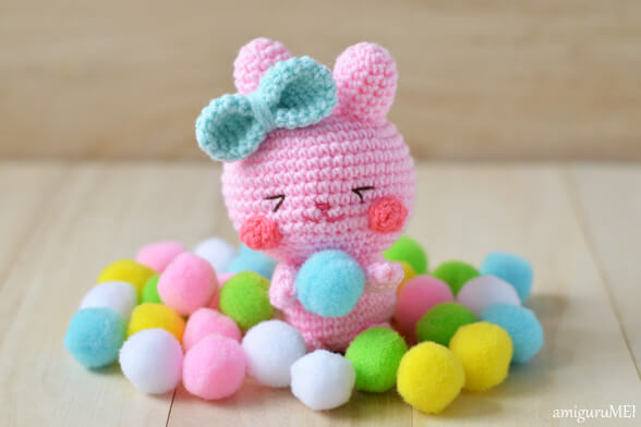 12.easter bunny amigurumi free crochet pattern