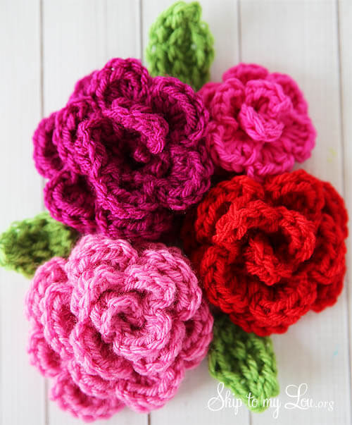 2.free-crochet-rose-pattern