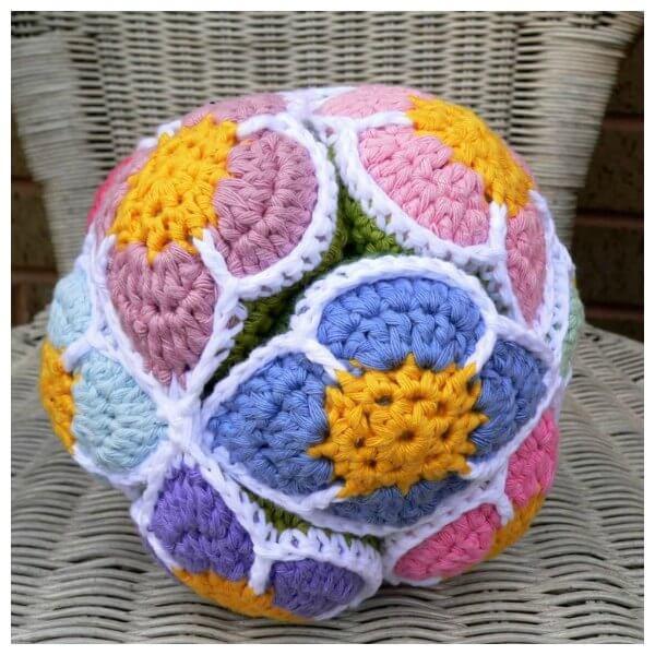 47.crochet flower ball beginner free tutorial