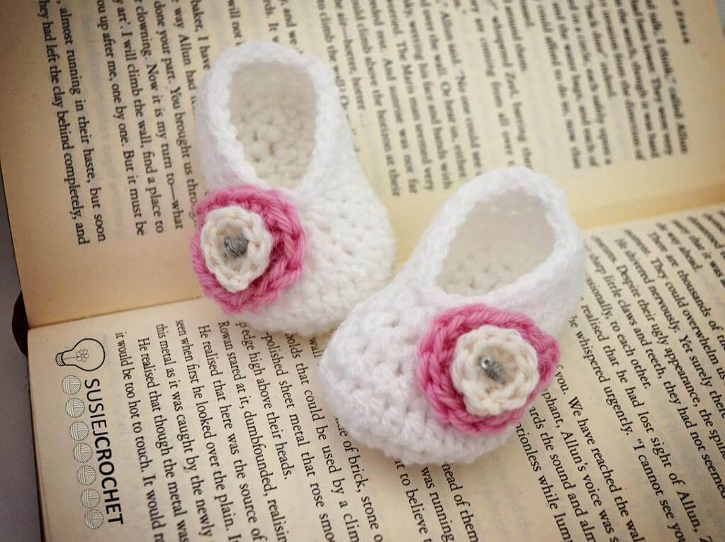 2ce9de4d0c94a 50 free crochet baby booties pattern | jennyandteddy