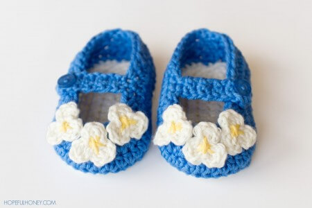15.Vintage Mary Jane Baby Booties Crochet Pattern 7