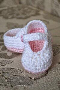 2.crochet baby bootie easy free pattern