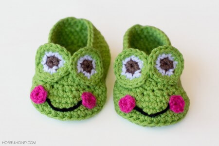 39.Frog Baby Booties Crochet Pattern 4