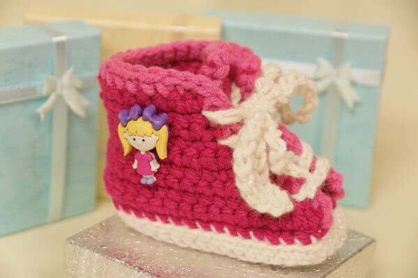 4.baby crochet SweetSneakers booties600