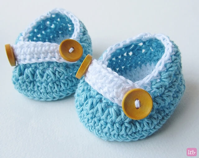 5.crochet newborn baby shoes free pattern