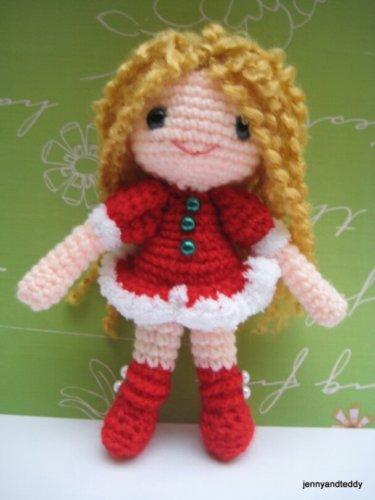 Sandy Santa Helper Free Amigurumi Crochet Pattern