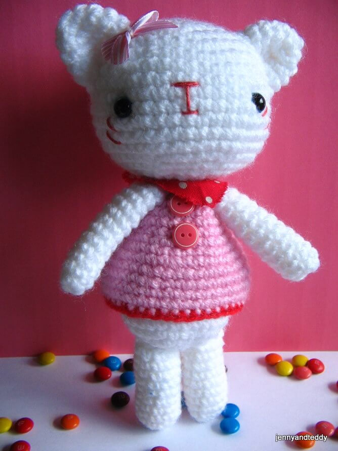 Emma Sweet Little Bear And Emily Kitten Free Amigurumi Crochet Pattern
