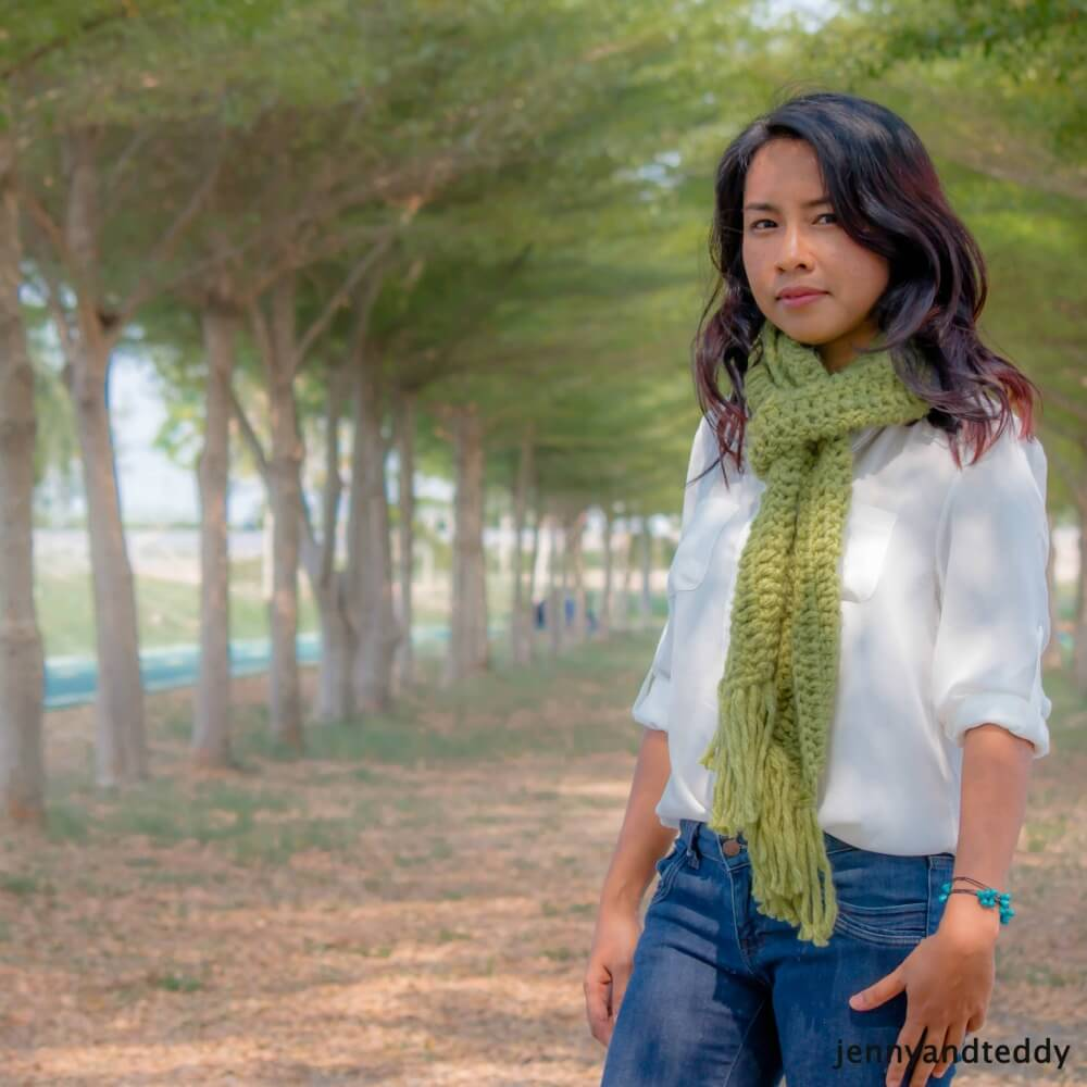 easy long double crochet scraf with fringe free crochet pattern