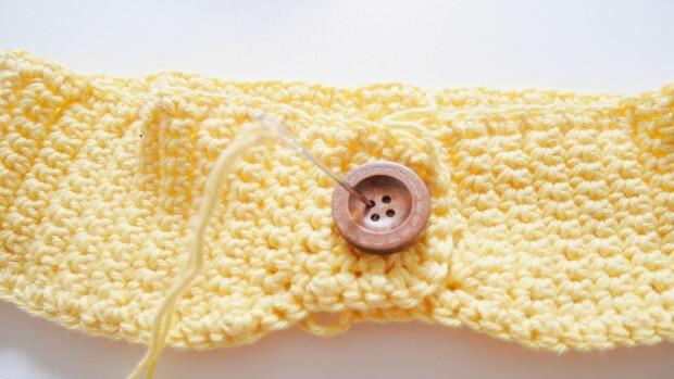 simple plain crochet yellow colour headband free pattern