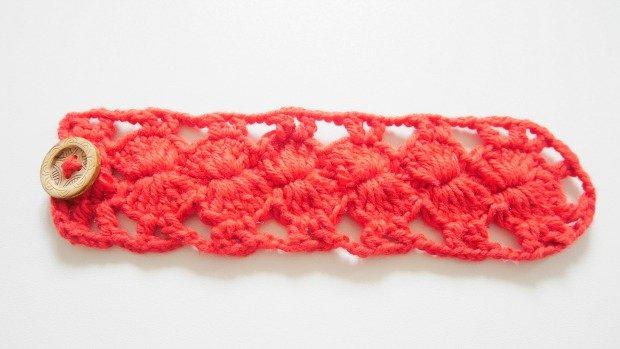 easy bracelet free crochet pattern for beginner