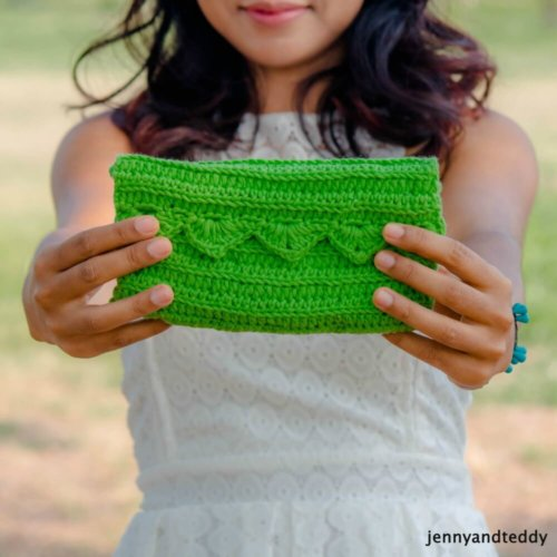 easy crochet clutch for beginner