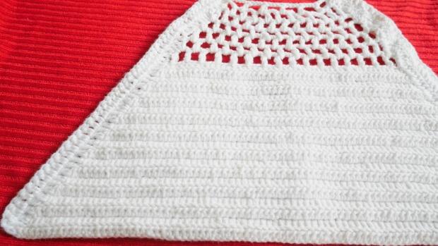 halter easy crochet crop top free pattern