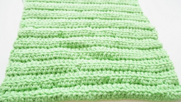 simple crochet clutch free crochet pattern