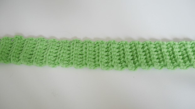 a puff stitch band hat