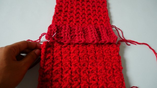 1attached band to the scarf