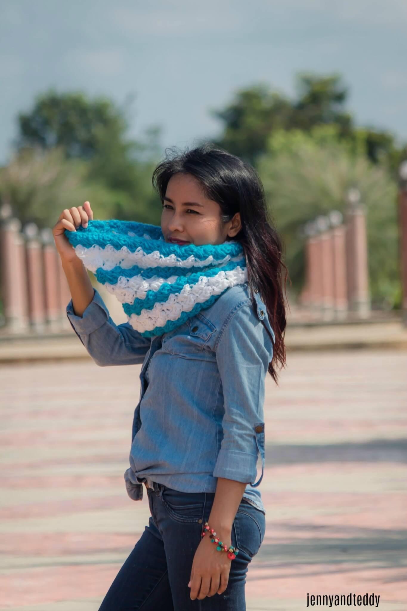 Ocean weave cowl free crochet pattern beginner friendly