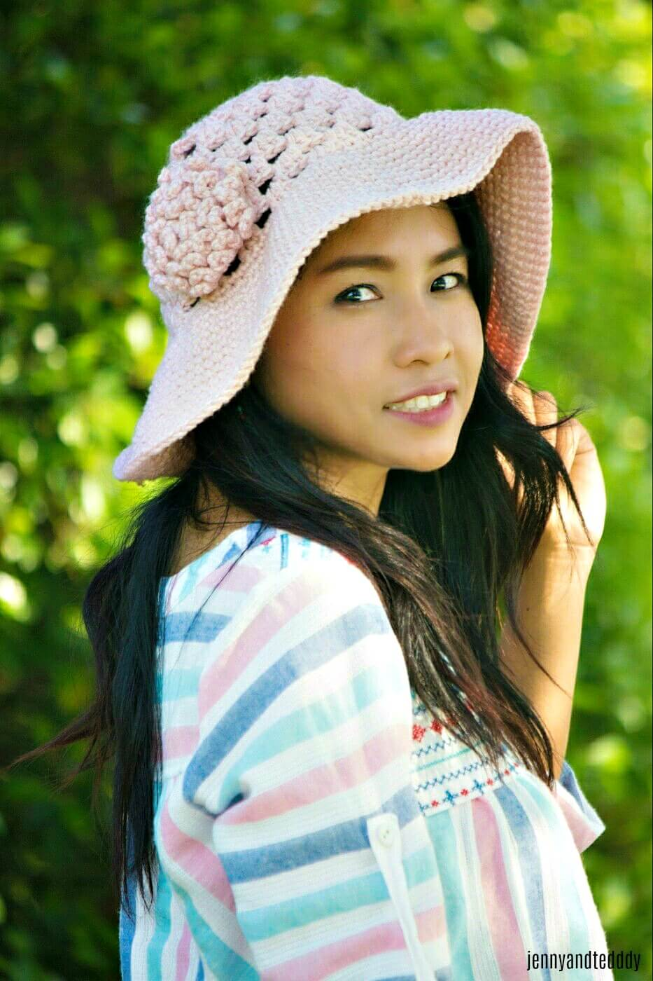 easy crochet sun hat with wide brim free pattern