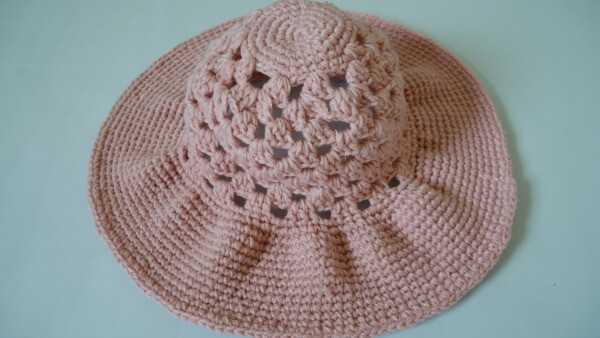 easy wide brim crochet sun hat
