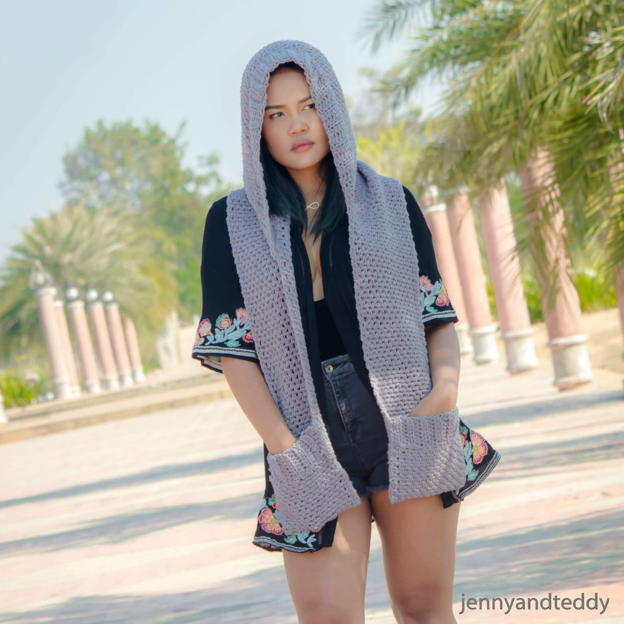 1chloe hoody easy rochet scarf long with pocket free pattern
