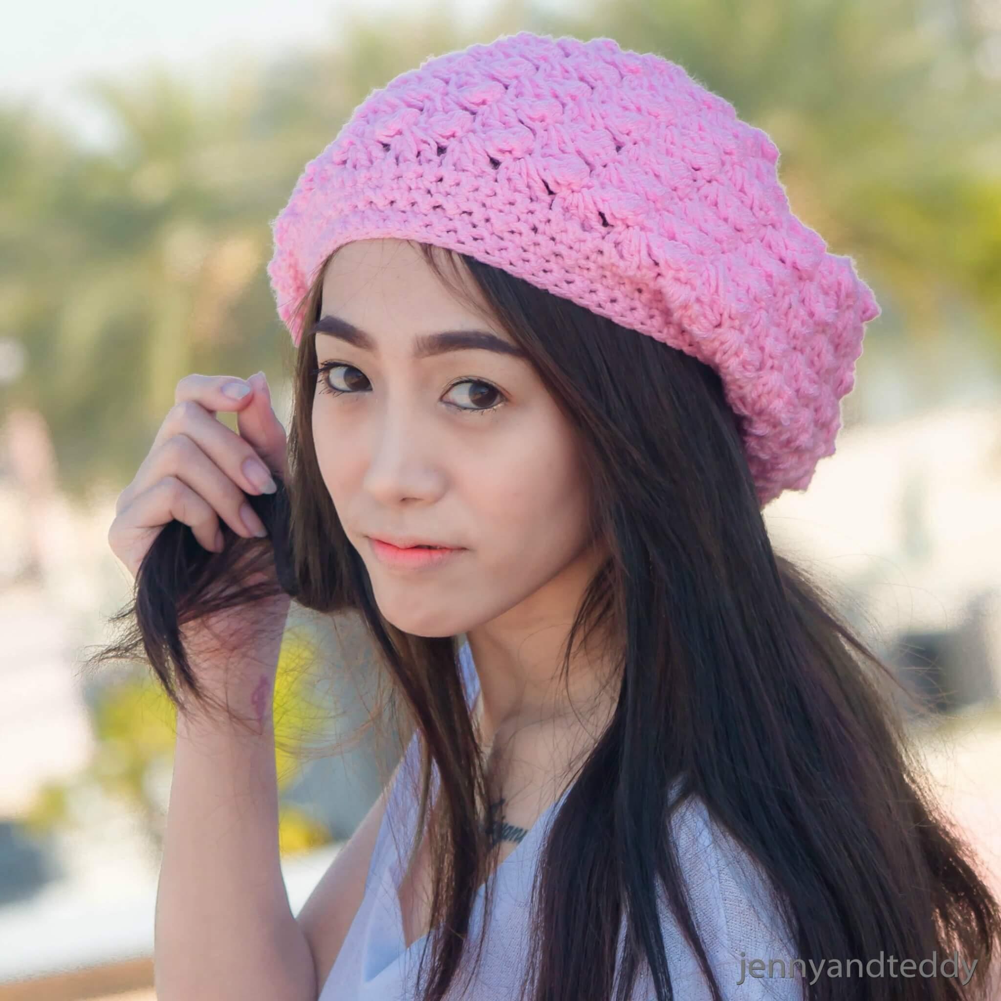 9easy blanket stitch slouchy beanie hats free crochet pattern