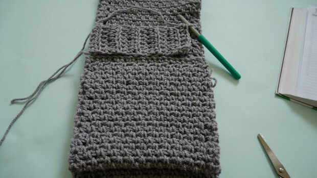 hood scarf pocket free crochet