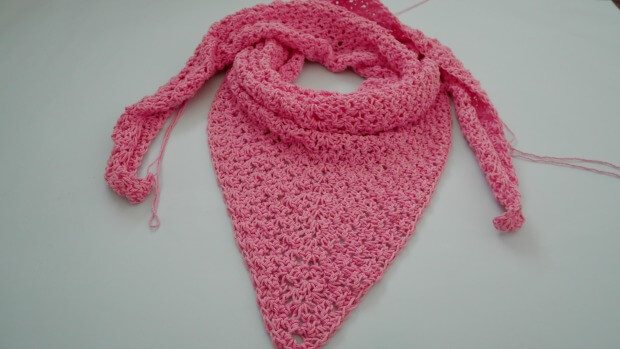 the weekend crochet triangle shawl beginner friendly