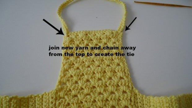 beginner crochet yellow crop top
