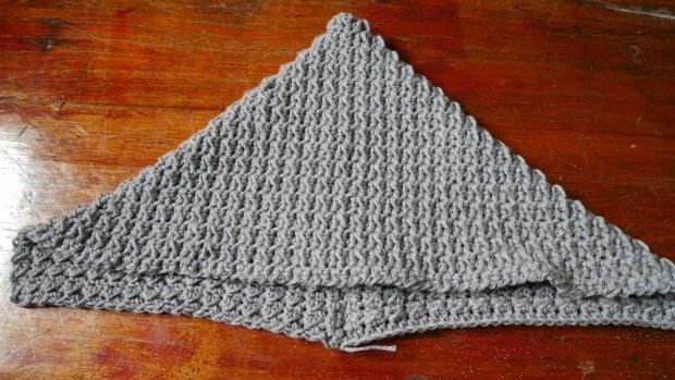 crochet hoodie2