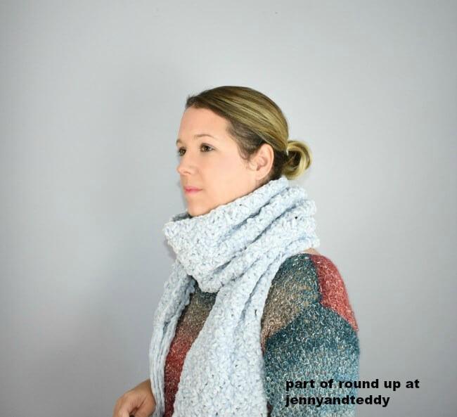 hopewell crochet velvet scarf image
