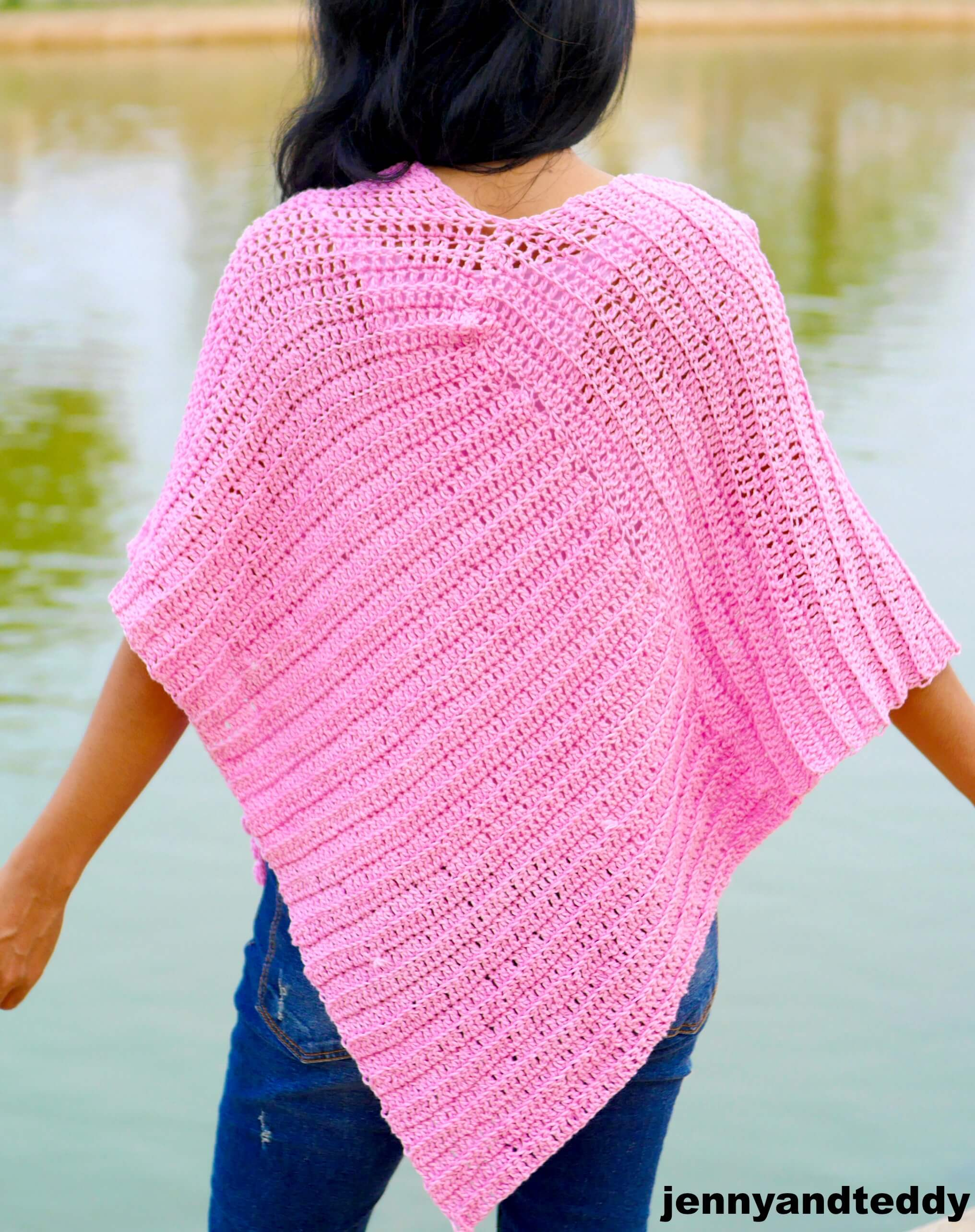 Bubble gum easy crochet poncho free pattern