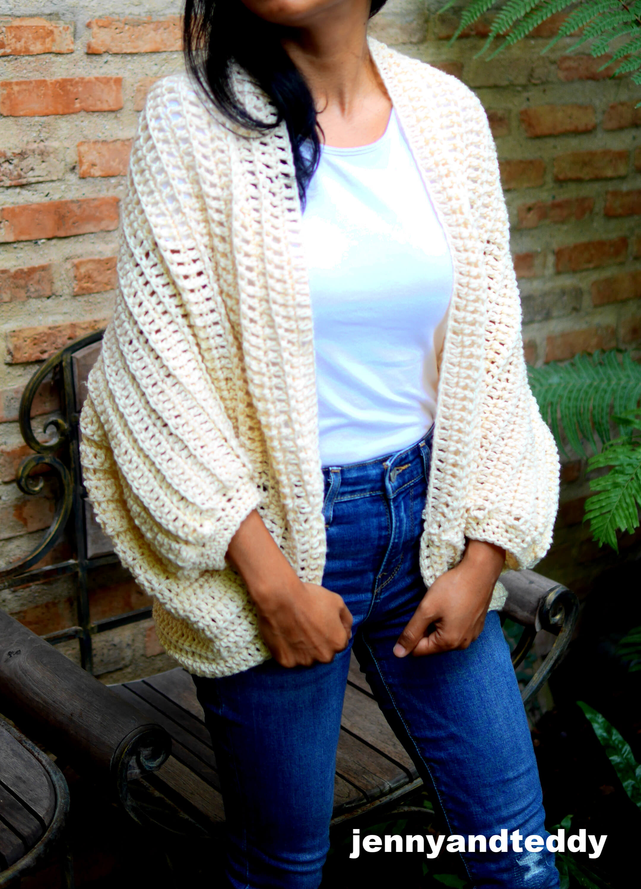 easy cocoon cardigan free crochet tutorial and how to beginner friendly by jennyandteddy