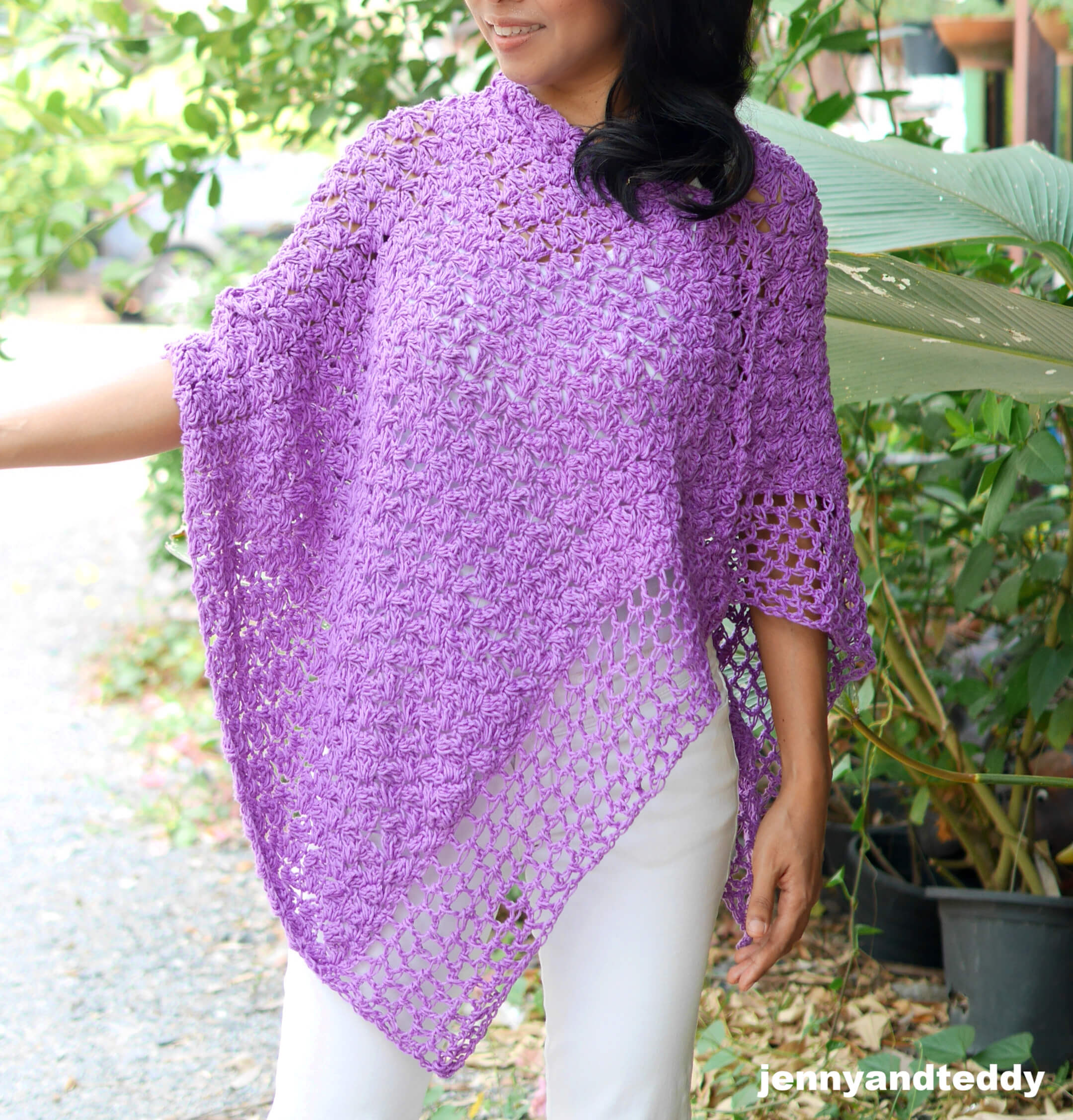 simple free crochet poncho