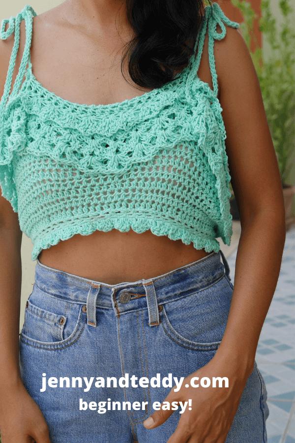 crochet ruffle edge crop top with video tutorial.