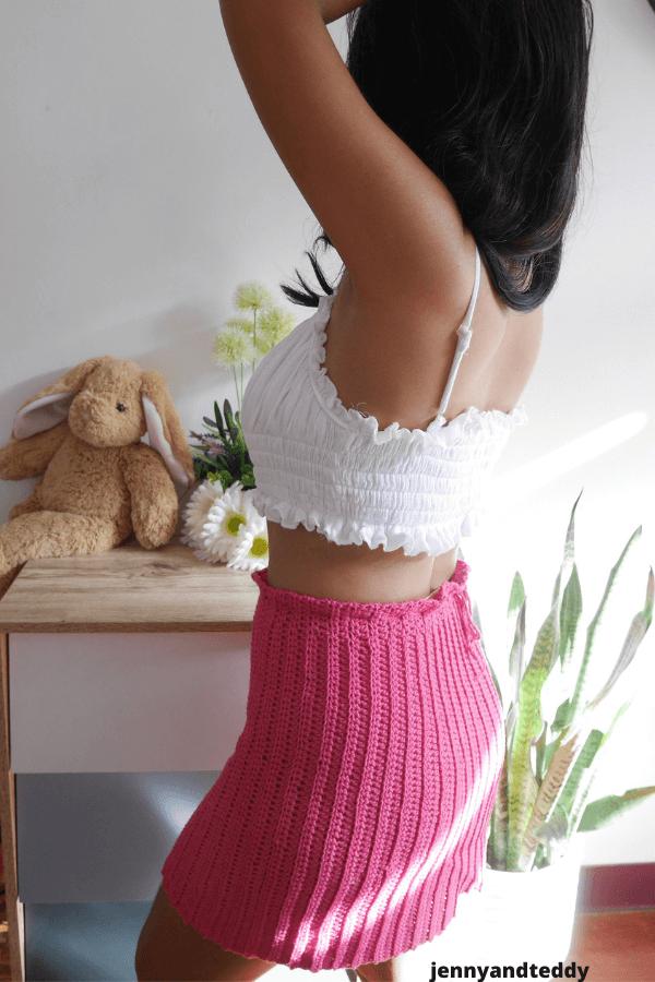 Beginner crochet skirt plus size free pattern.